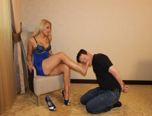 Bobby have to worship the feet of princess blondie